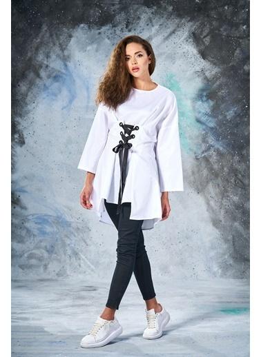 Eda Atalay Siyah KuşGözü Detaylı Tunik Beyaz